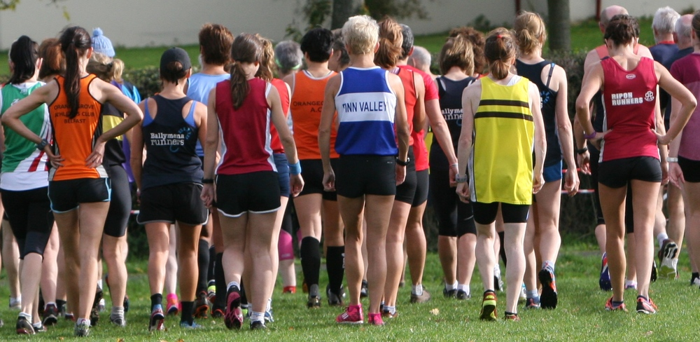 NIMAA Cross country trials 2014: a thoughtful walk to the start on legs aged 35 - 70 years. Photo by David Smyth.