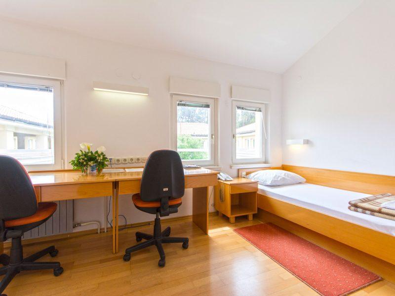 caas-residence-doubletwin-bed-room-800x600.jpg