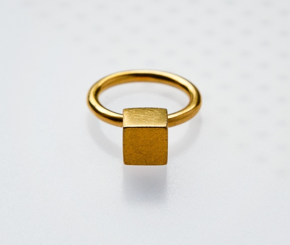 Cube-ring.jpg