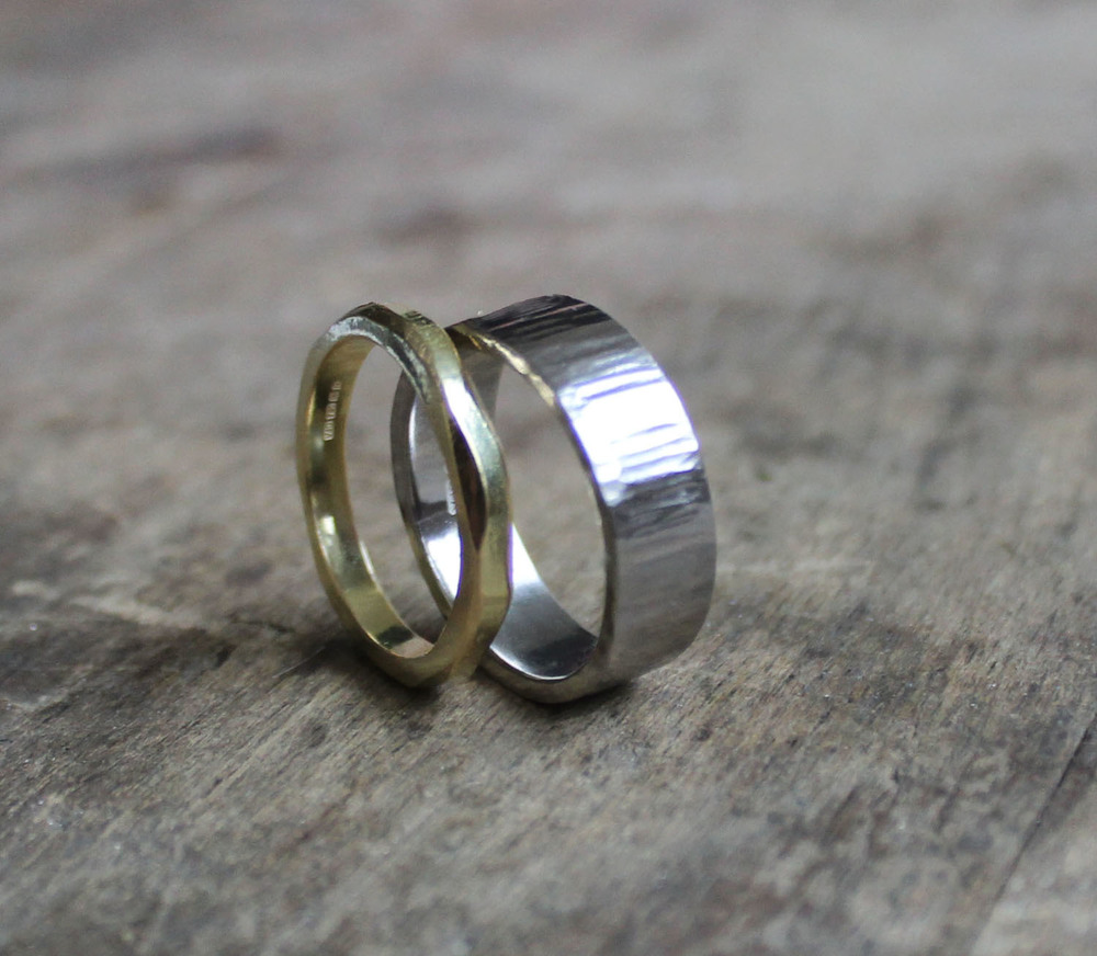 wavy gold ring.jpg