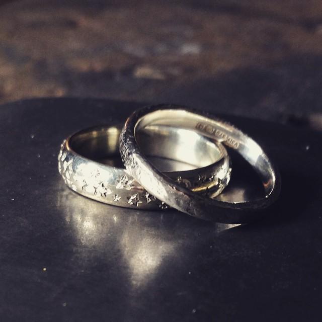 Handmade_gold_wedding_rings.jpg