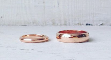 18ct red gold rings .png