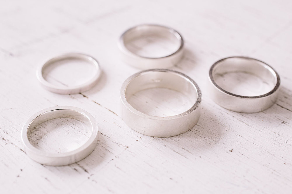 flat-shaped-wedding-rings.jpg