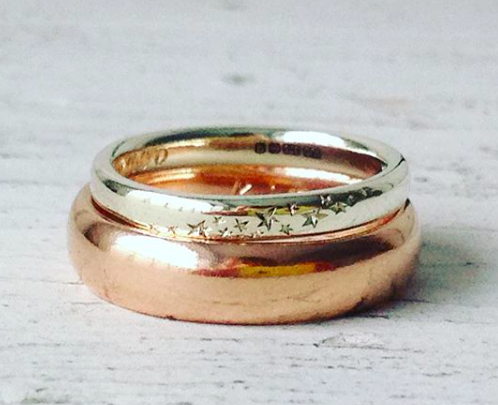 star- engarved-wedding-ring.png