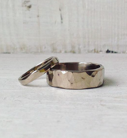 shaped-wedding-ring-wave.png