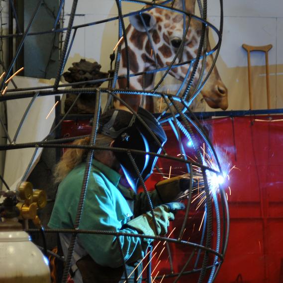 Shop_Jabba_1.welding.jpg
