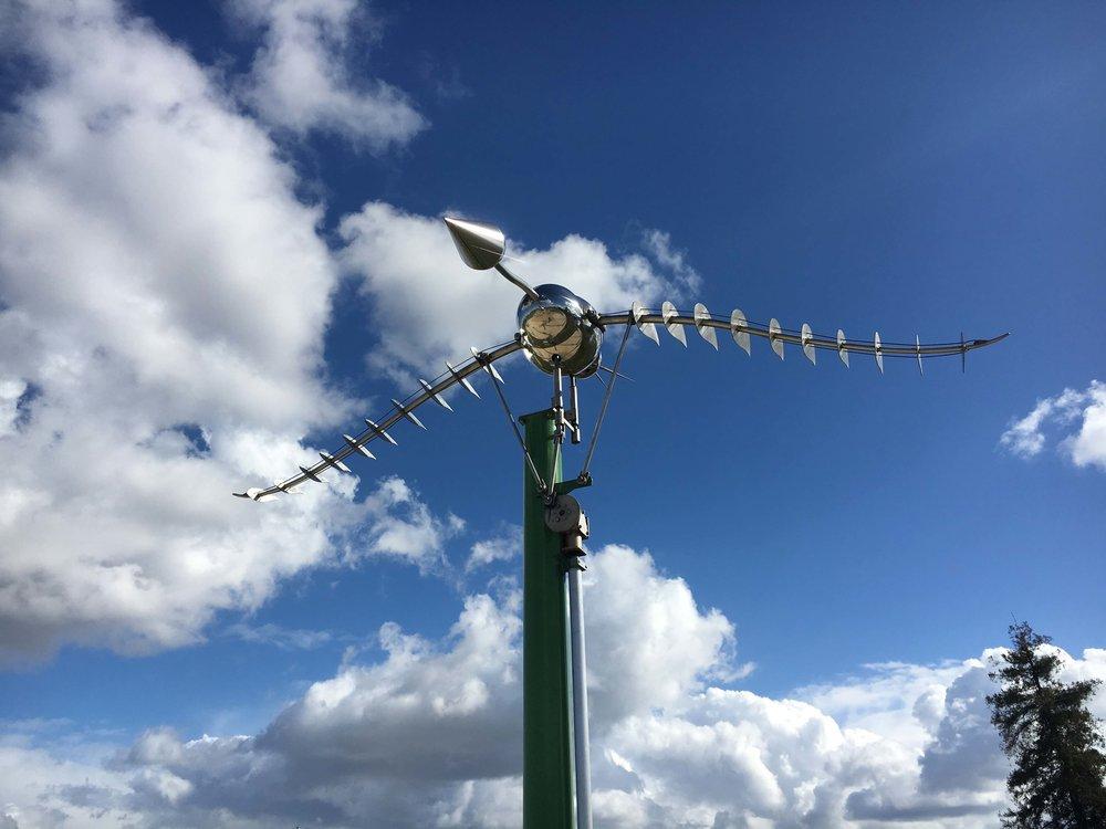 Kinetic bird sculpture