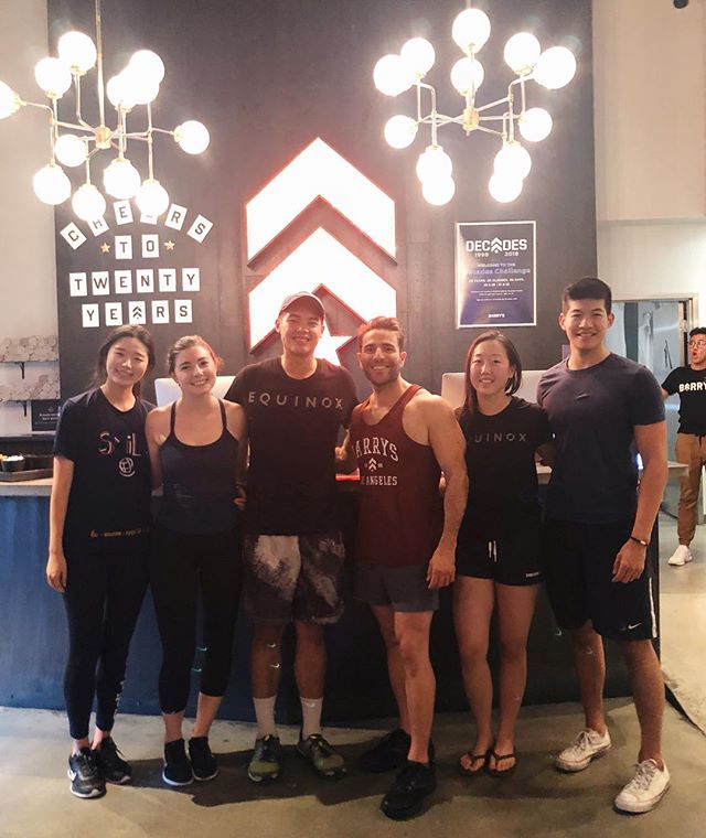 DSP Phi putting in the hustle at a Barry's Bootcamp private class taught by the CEO himself! Hope it was a great getaway from the midterms grind 💪🏼 #dsp #phi #barrysbootcamp