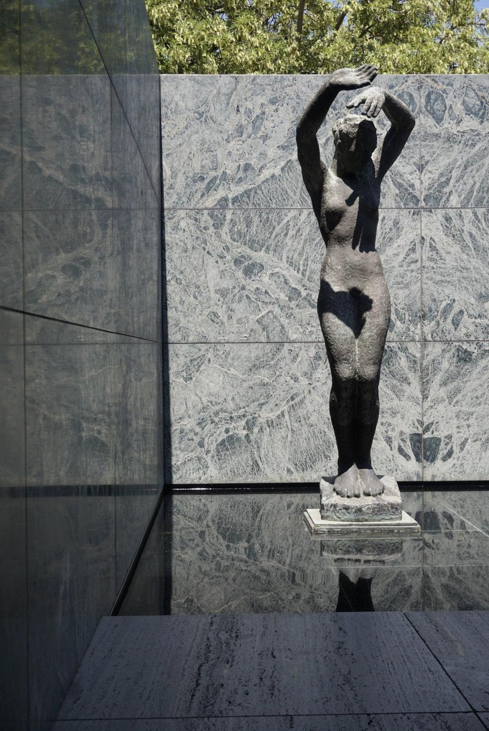 Barcelona Pavilion, Ludwig Mies can der Rohe, Barcelona, Spain © 2016 David Harrop