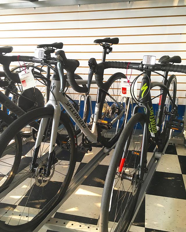 Did you know we do bike rentals??? Check out our website bicyclechain.com/rentals/ to see the bikes we offer and pricing and then call, email or stop by the shop to reserve your rental! OR Find us on www.velolet.com/bicycle-chain-minneapolis to reserve a rental online!
