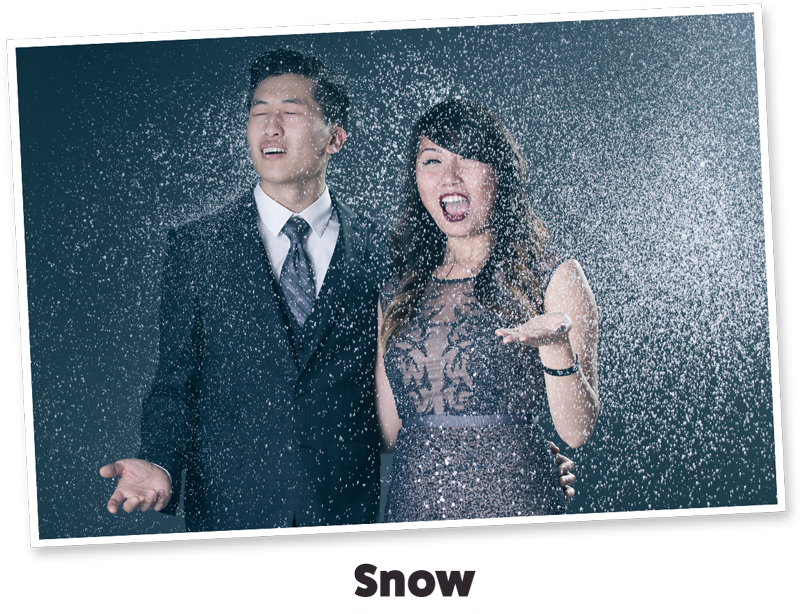 photo booth with snow