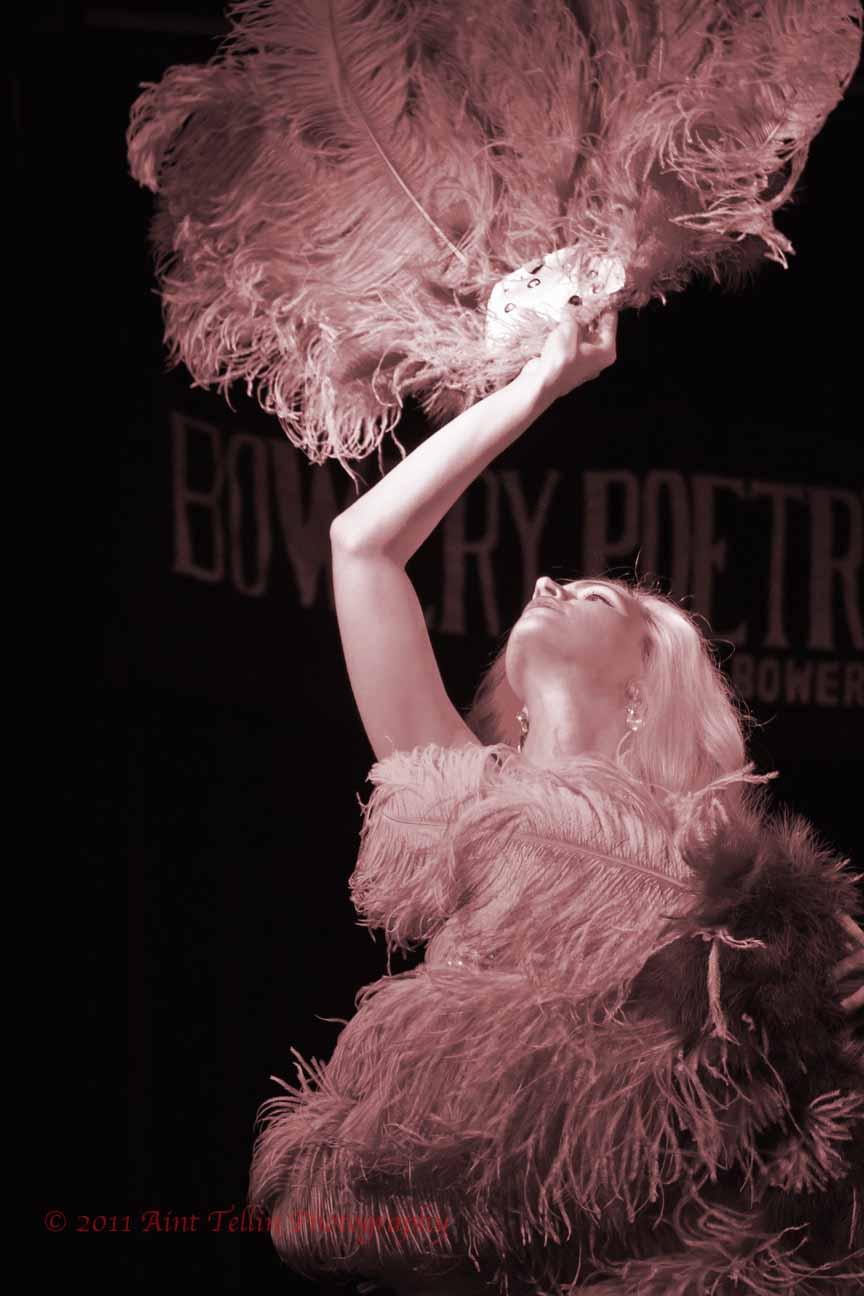 burlesque 2012_9153.jpg