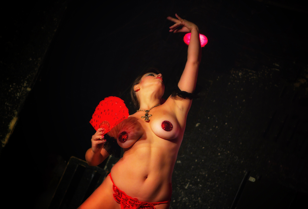 prymid club burlesque_9999_n286.jpg