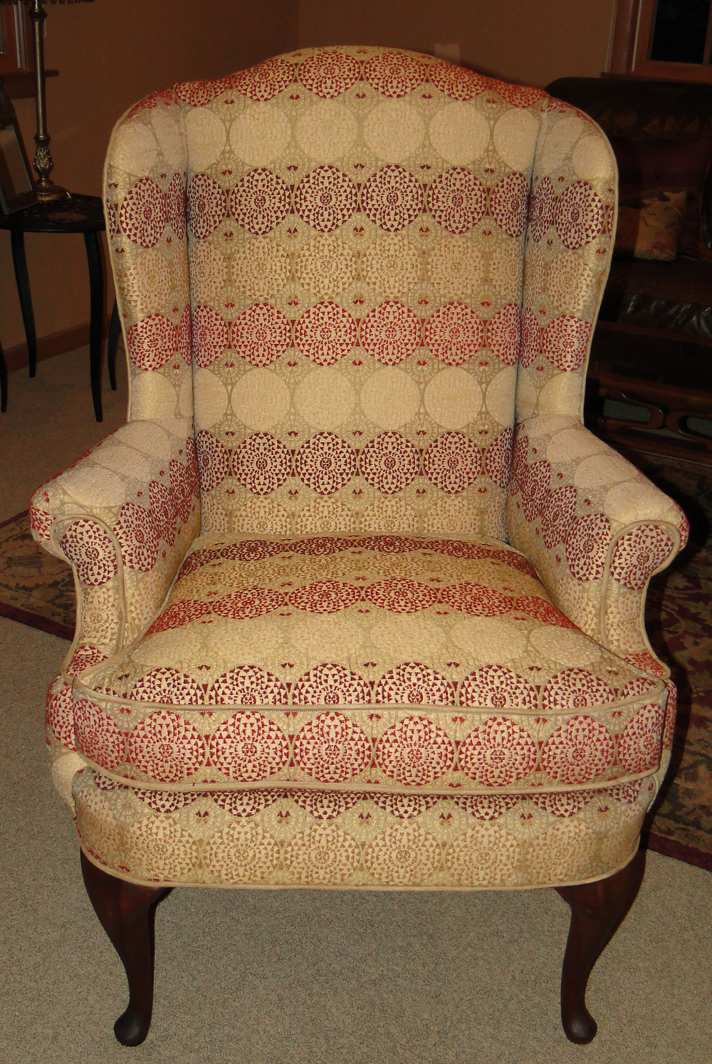 Front view of complete chair