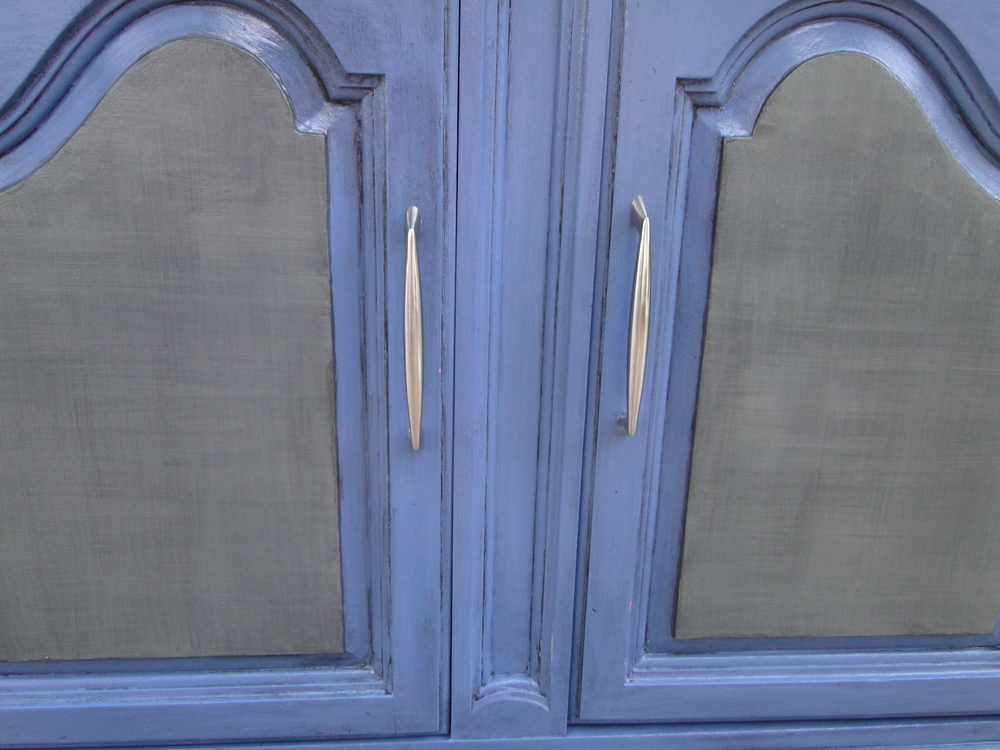 Close up of new finish on doors