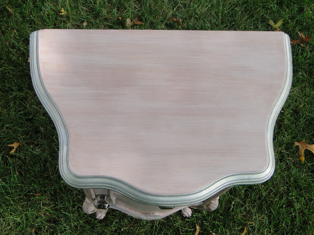 Top view, edged with brushed nickel finish