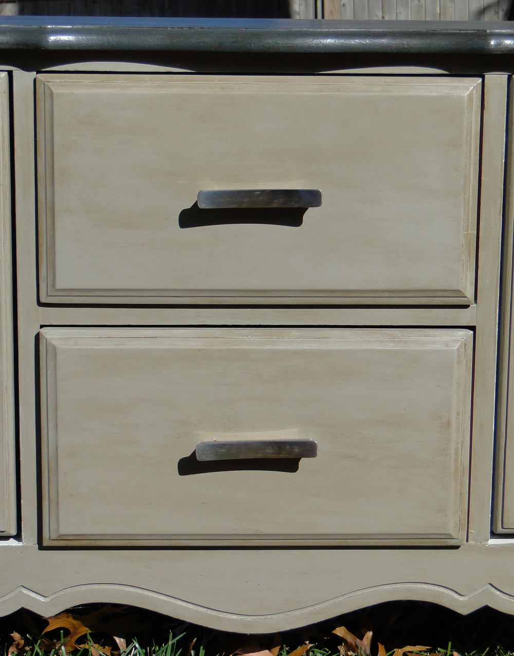 After outside drawers center.JPG