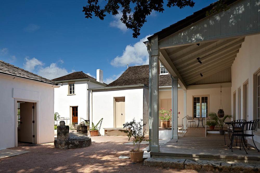 Casa-Navarro01.jpg