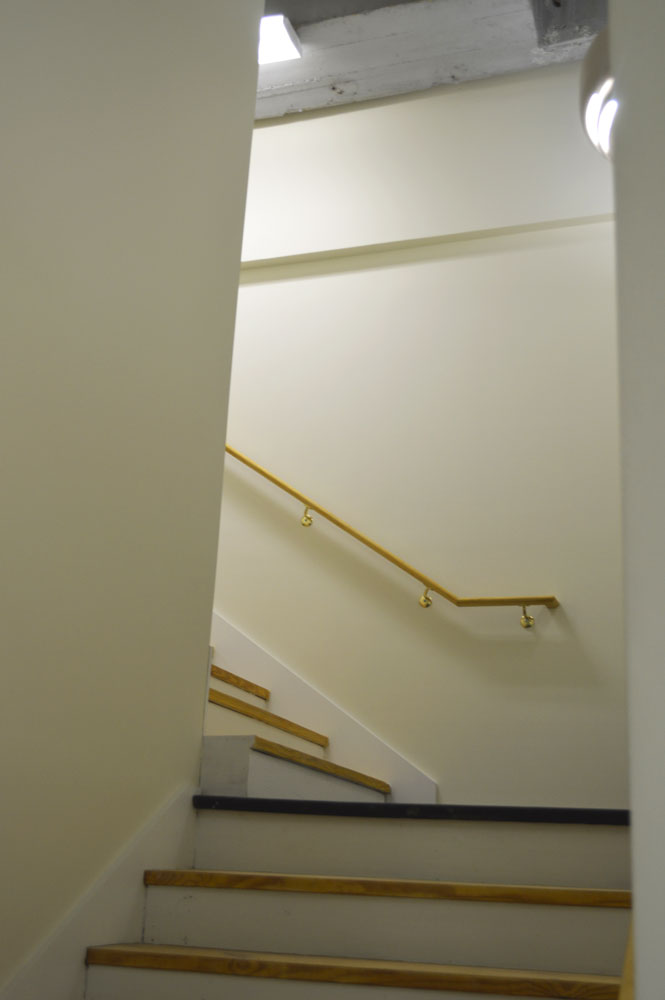 NEW CODE COMPLIANT STAIRCASE