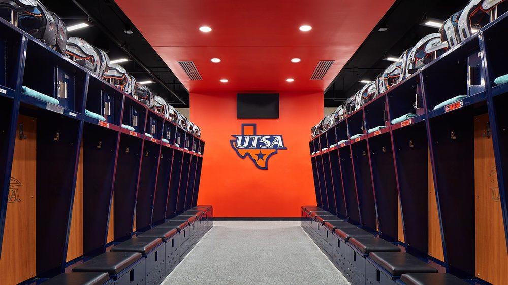 UTSA-Lockeroom01.jpg