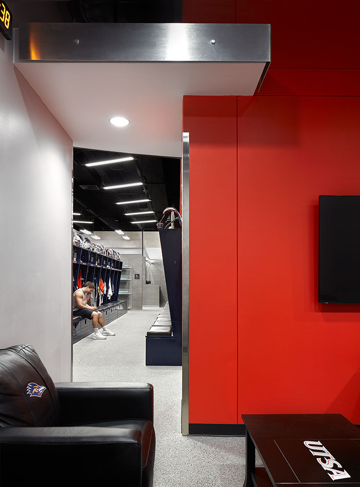 UTSA Football Locker Room Fisher Heck Architects
