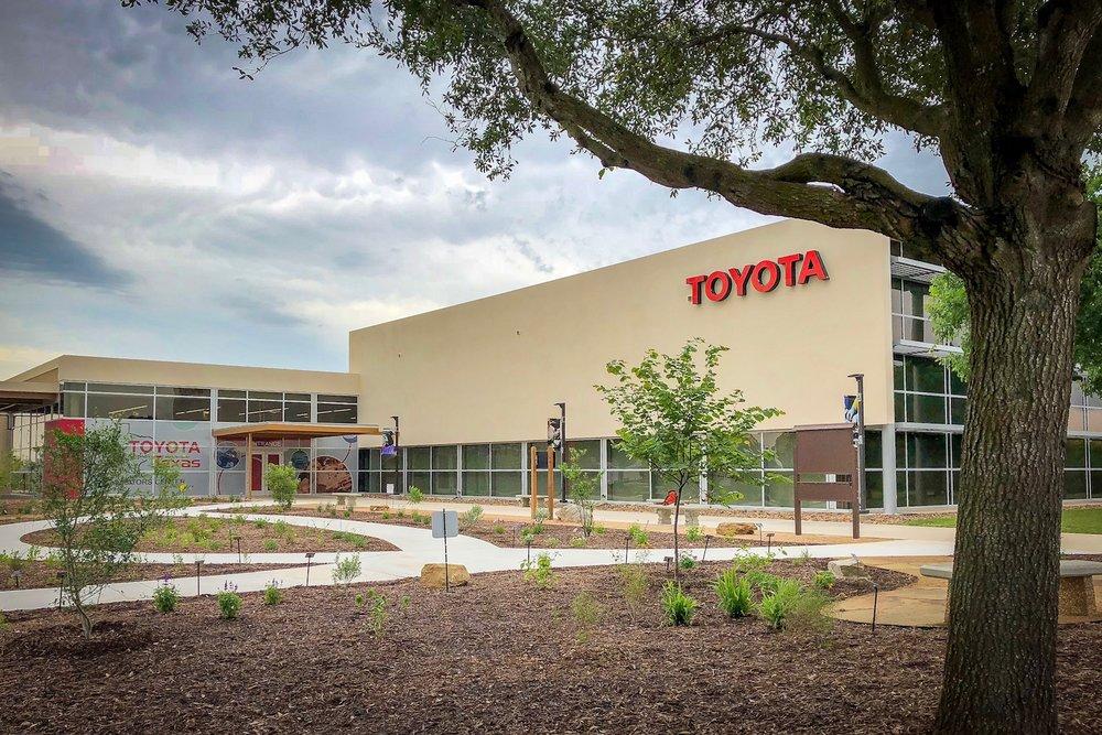 ToyotaVEC01.jpg