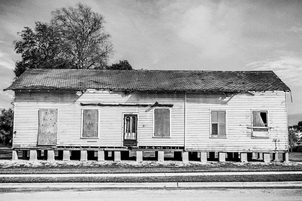 Schoolhouse01.jpg
