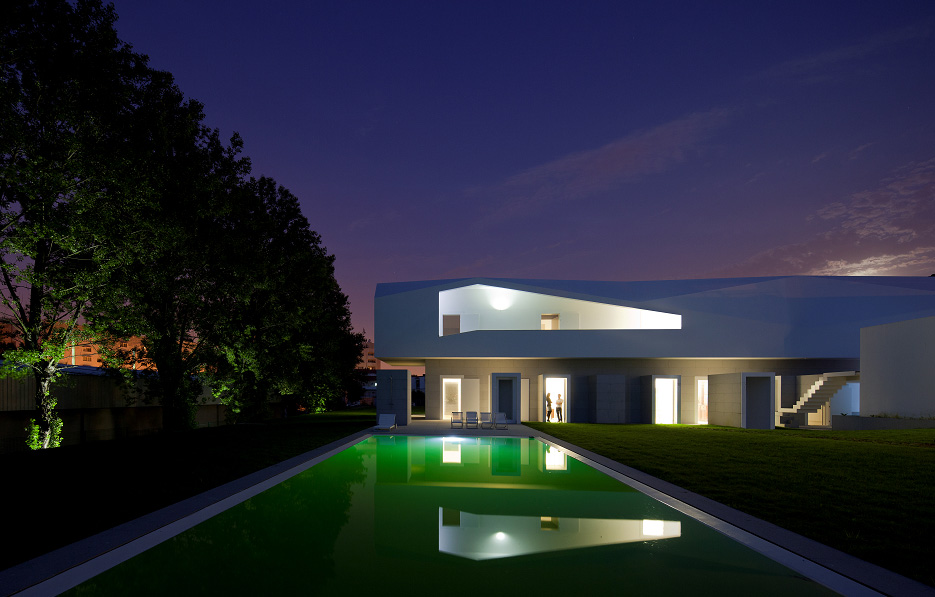 Alvaro Leite Siza Porto House S