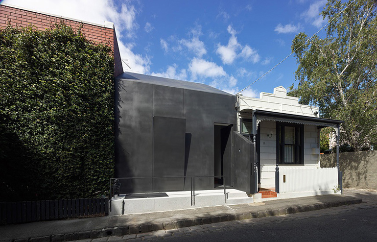 Law-Street-House-Muir-Mendes-10