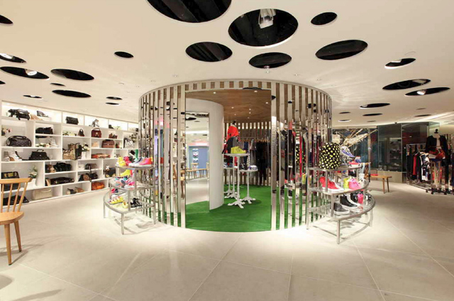 Wonderwall-IT-Hysan-One-Babe-Store-Hong-kong-5