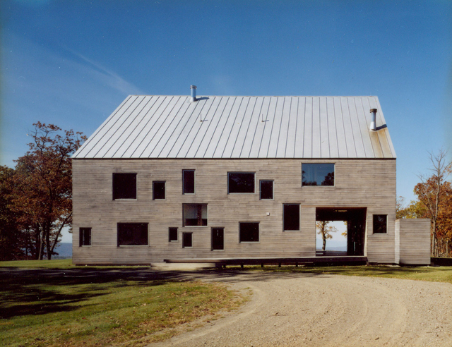 Modern-Barns-Farmhouses-preston-sc-house-4