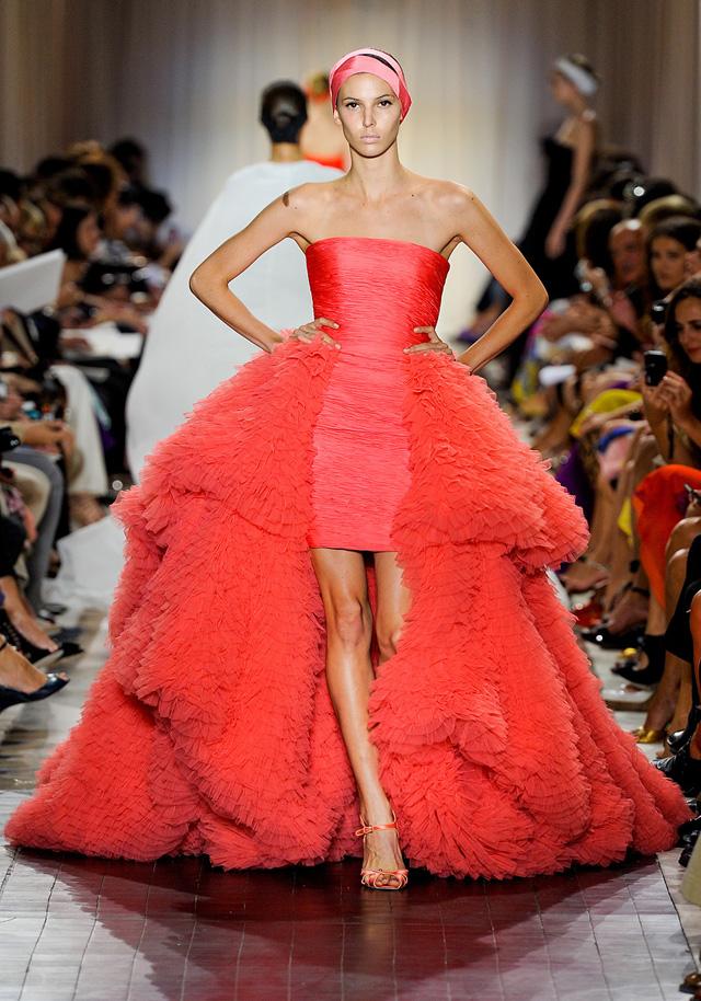 Knstrct-giambattista-valli-couture-fw-2011-3
