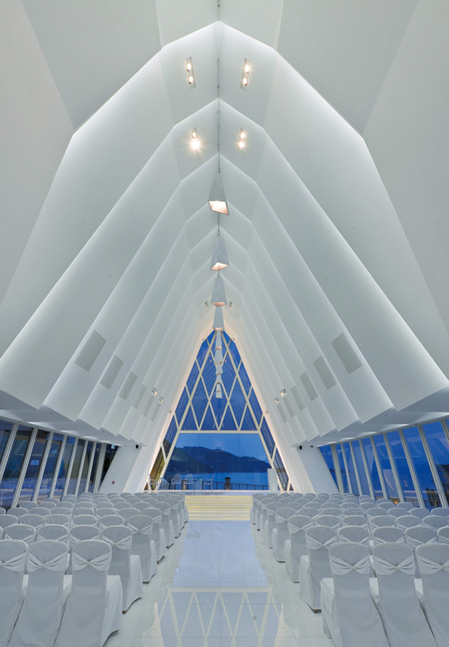 The-White-Chapel-By-Danny-Cheng-Discovery-Bay-3.jpg