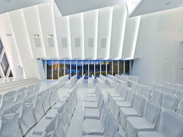 The-White-Chapel-By-Danny-Cheng-Discovery-Bay-1.jpg