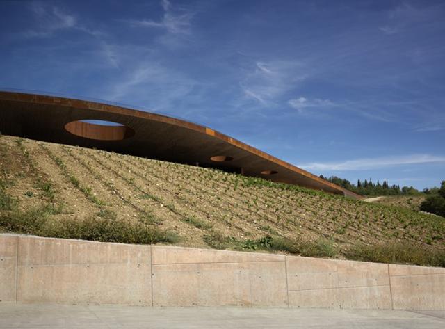 Cantina-Antinori-Winery-Graphics-By-Archea-Associati-Italy-3.jpg
