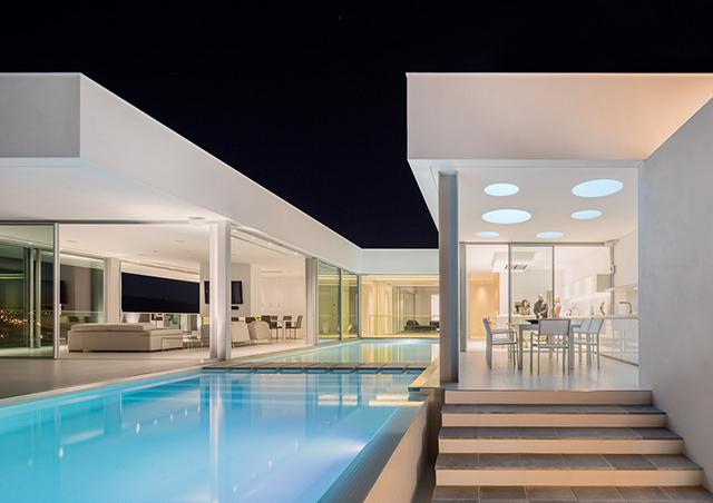 Villa-Escarpa-By-Mario-Martins-Atelier-KNSTRCT-9.jpg