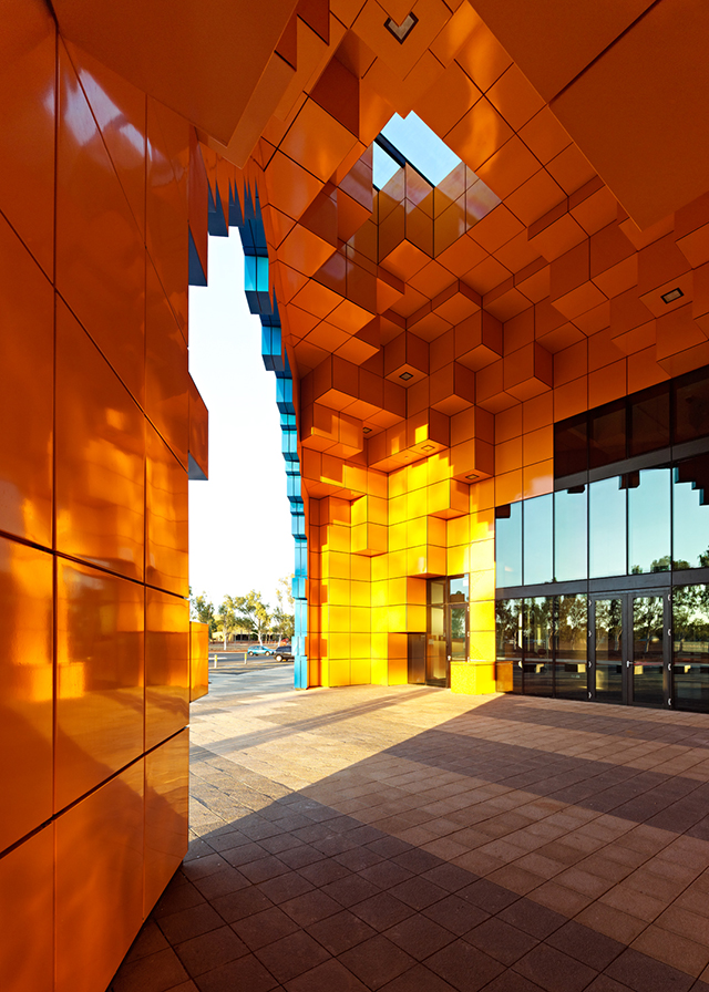 Wanangkura-Stadium-Port-Hedland-ARM-Architects-Australia-2.jpg