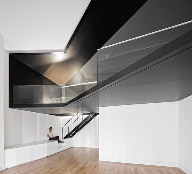 Junqueira-Apartment-By-Aspa-Arquitectos-1.jpg