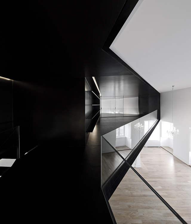 Junqueira-Apartment-By-Aspa-Arquitectos-4.jpg