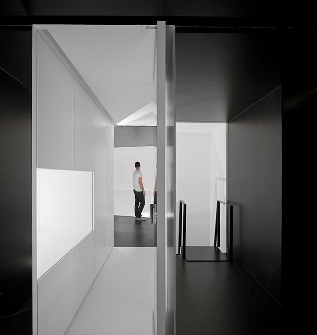 Junqueira-Apartment-By-Aspa-Arquitectos-5.jpg
