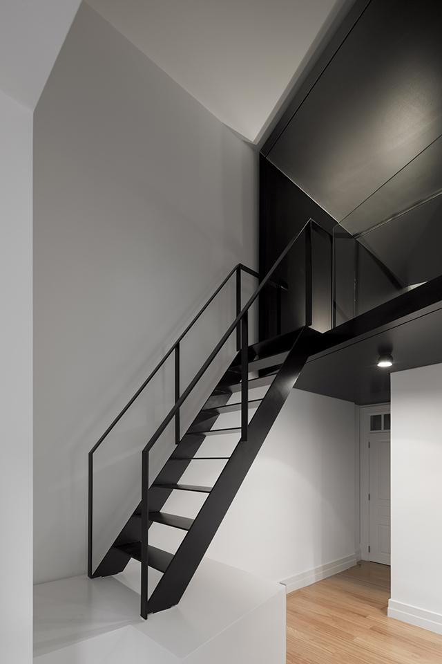 Junqueira-Apartment-By-Aspa-Arquitectos-3.jpg