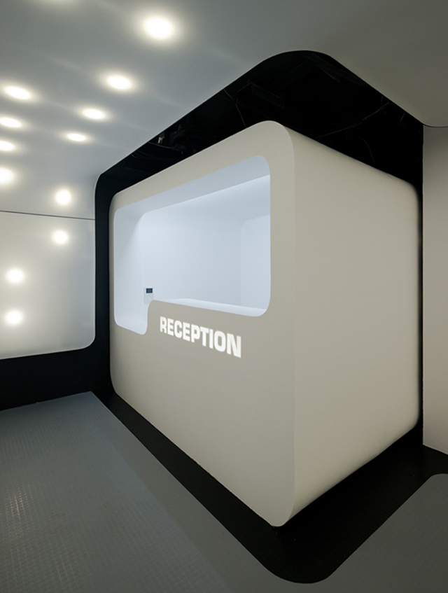 Sleepbox-Hotel-Tverskaya-Moscow-Arch-Group-13.jpg