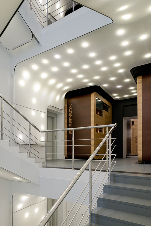 Sleepbox hotel tverskaya moscow knstrct for Design hotel mosca