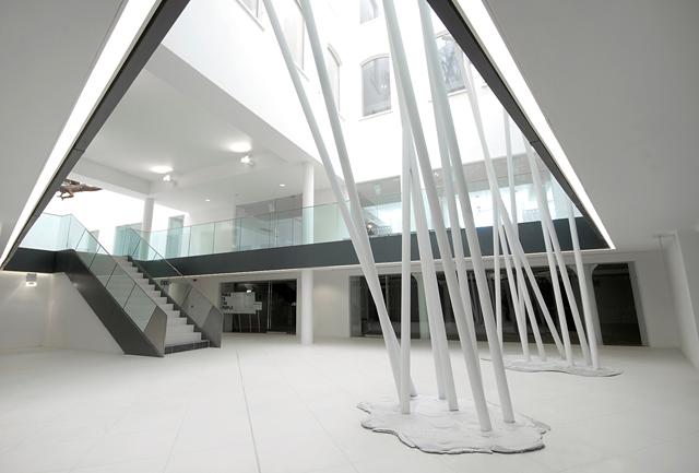 philip-watts-zellig-sculpture-birmingham-3.jpg
