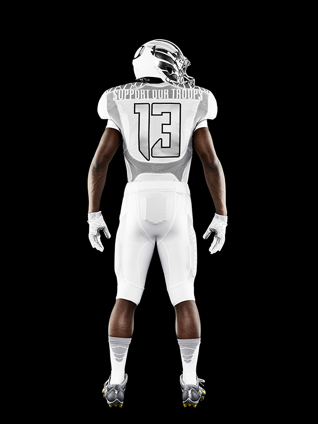 Nike-Football-Uniform-UofO-Home-Back-13.jpg