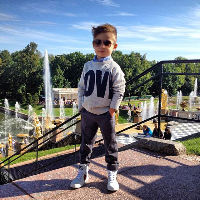 Mateo-Fernanda-Espinosa-Alonso-Knstrct-Kidswear-Fashion-3.jpg