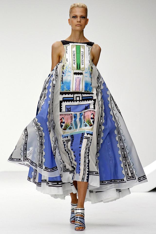 London-Fashion-Week-SS-2013-Mary-10.jpg