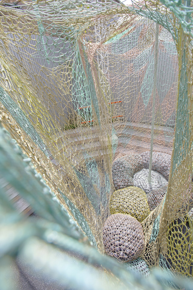 FLYKNIT-COLLECTIVE-ERNESTO-NETO-INSTALLATION-LONDON-1948-3.jpg