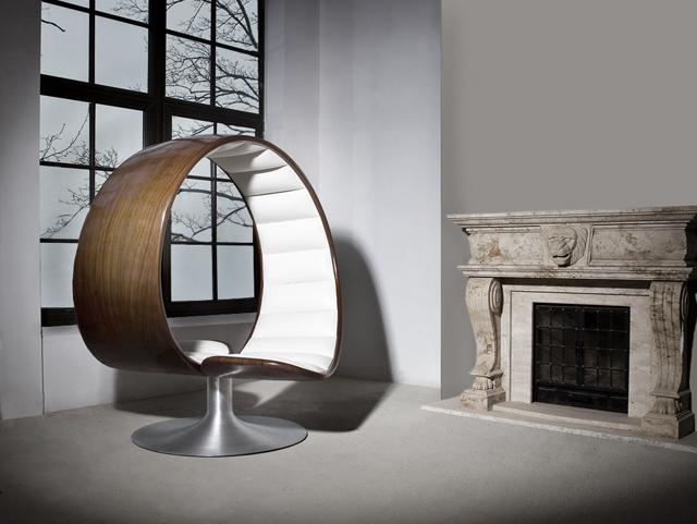 Hug-Chair-1.jpg