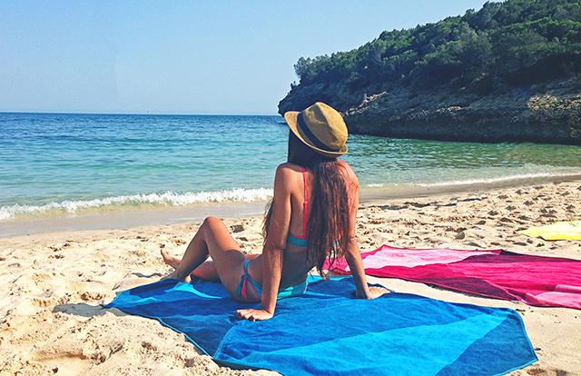 Vertty-Beach-Towel-3.jpg